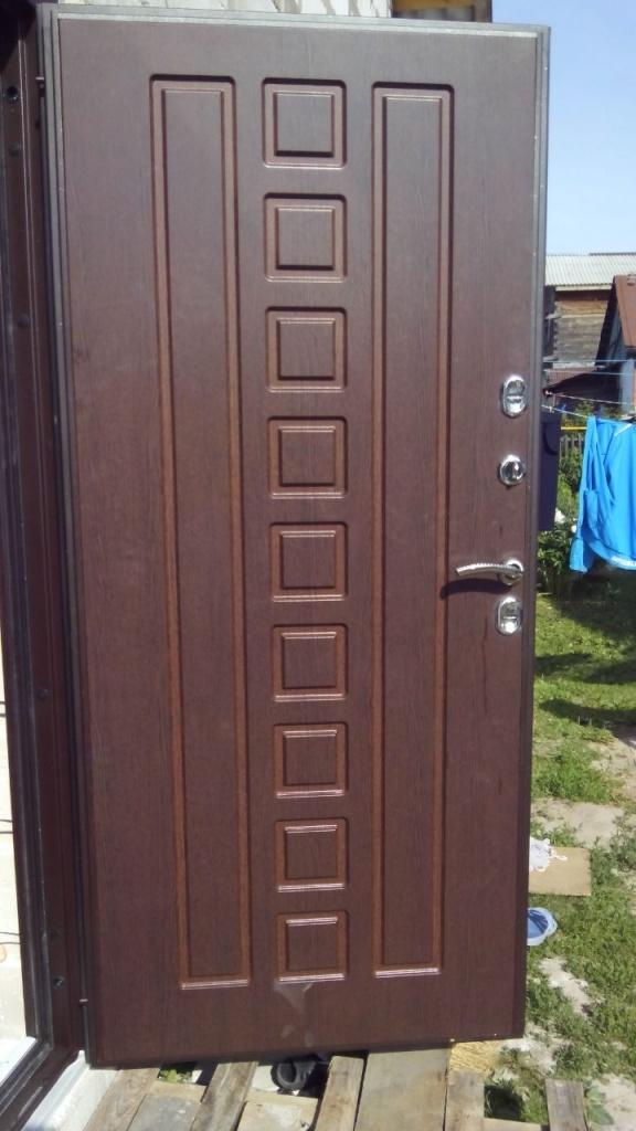 металлические с двух сторон входные теплые двери